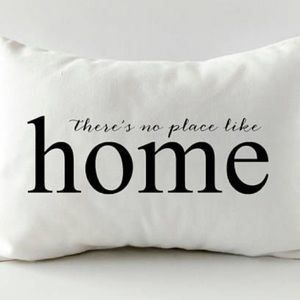 ❤️ 3/30$ There is no place like home white pillow
